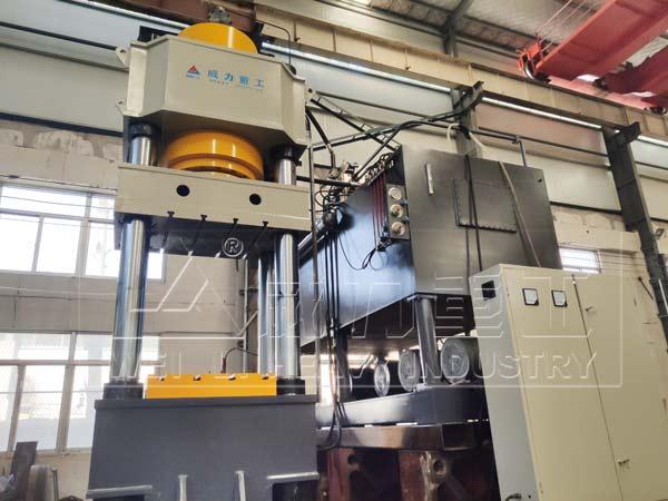 1200吨快速锻造液压机